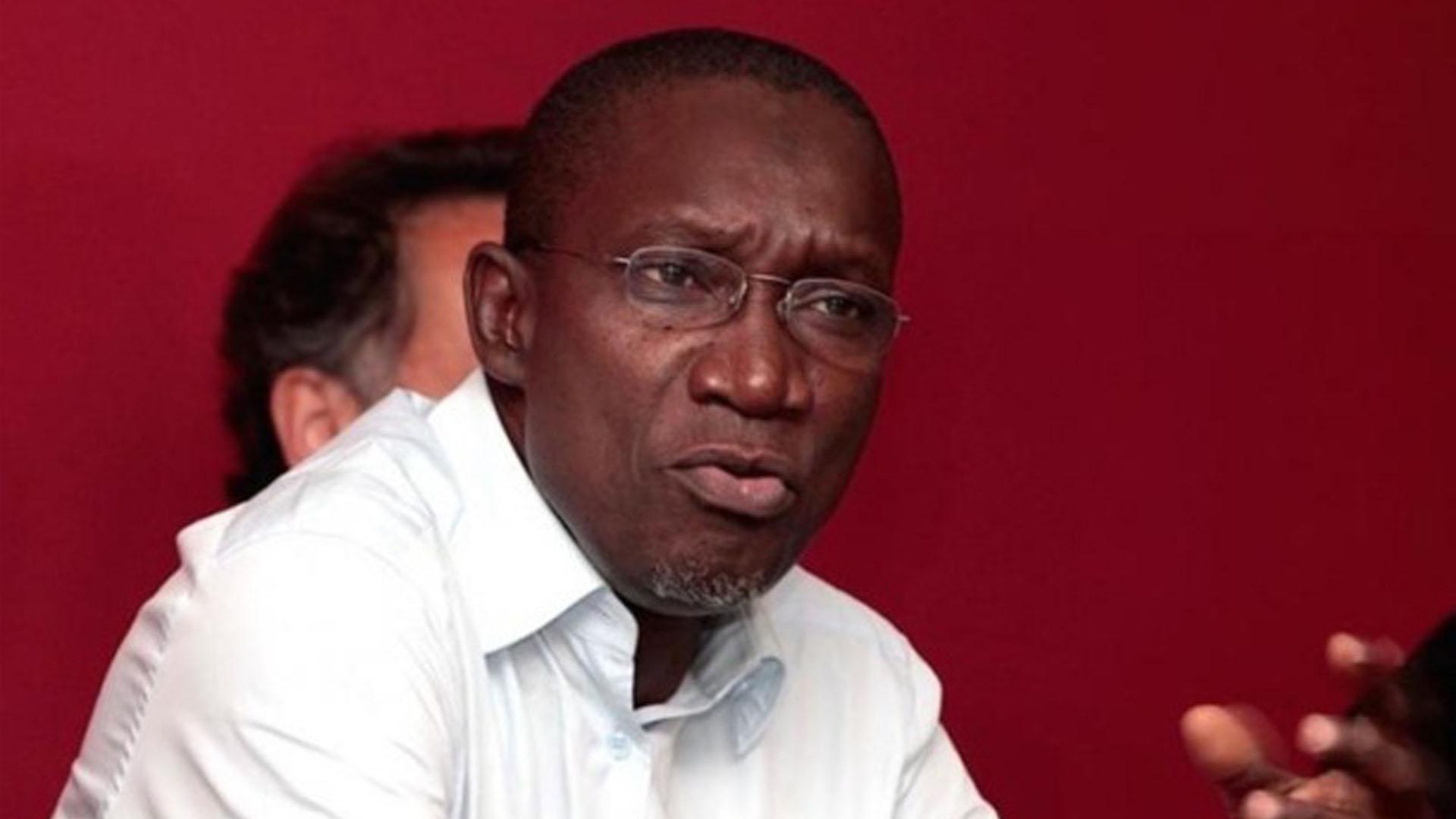 Attaques de Macky Sall contre l'opposition : Me El Haj Amadou Sall se montre sans pitié sur Twitter