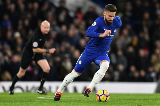 Angleterre: Chelsea se relance, première passe décisive pour Giroud
