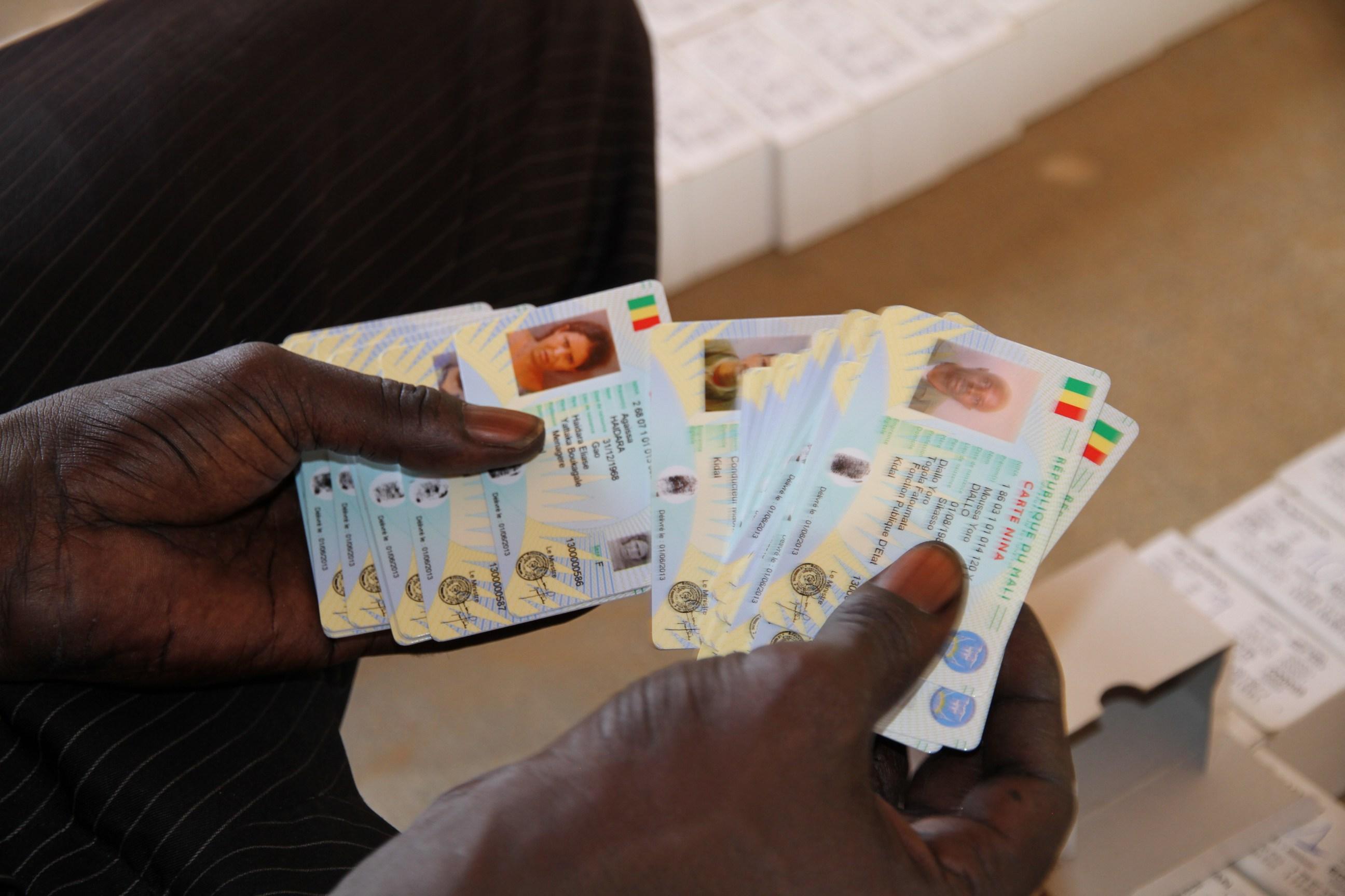 Fichier électoral : Trois jours après le satisfecit des experts internationaux , les Sénégalais en colère contre la DAF