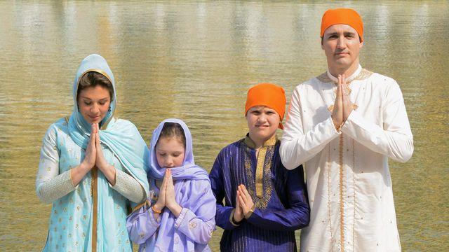 Le Premier ministre canadien a Amritsar (Inde) avec son épouse et ses deux enfants