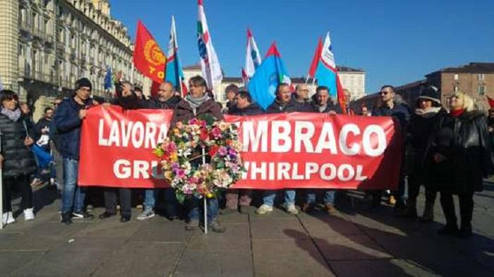 Elections en Italie : à Turin, les salariés menacés de Whirlpool sont devenus un « spot électoral »