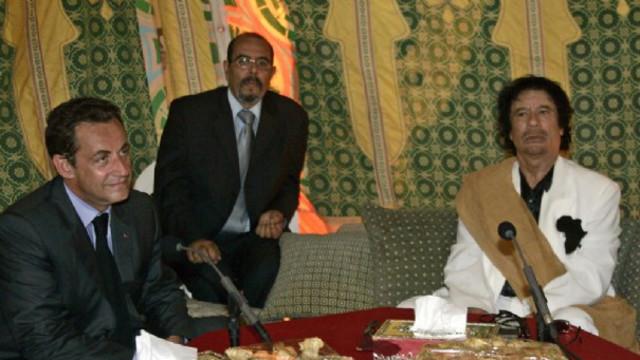 """Révélation de l'ancien interprète de Kadhafi sur l'affaire Sarkozy : """"j'ai vu le document publié par Médiapart sur le bureau du..."""""""