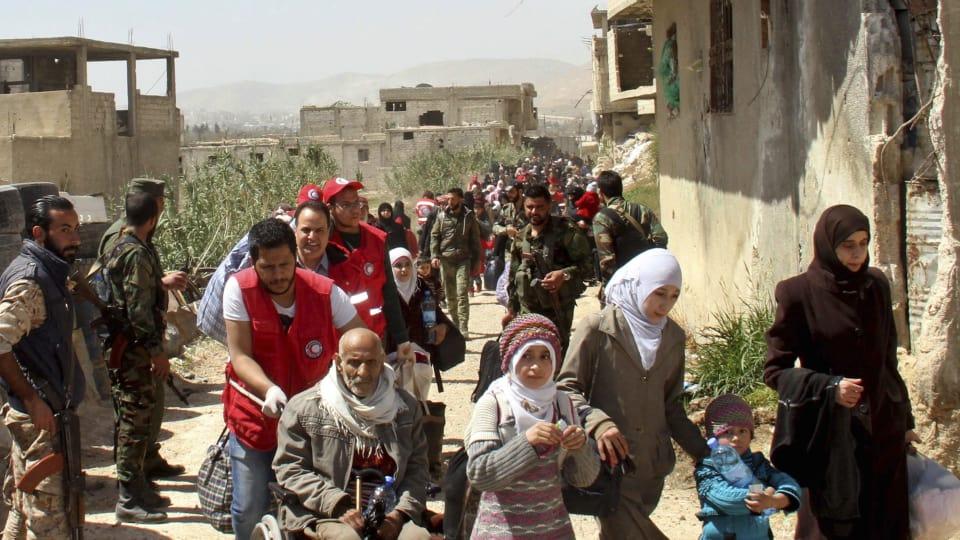 Syrie : des milliers de rebelles et de civils fuient la Ghouta orientale