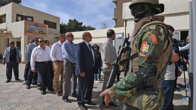  Égypte : les citoyens aux urnes