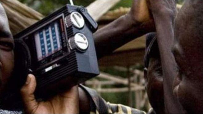 """Ouganda: 23 radios fermées pour """"promotion de la sorcellerie"""""""