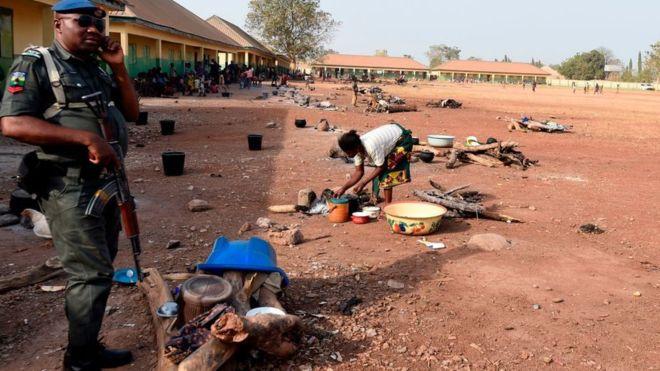 Nigeria: 4 policiers tués