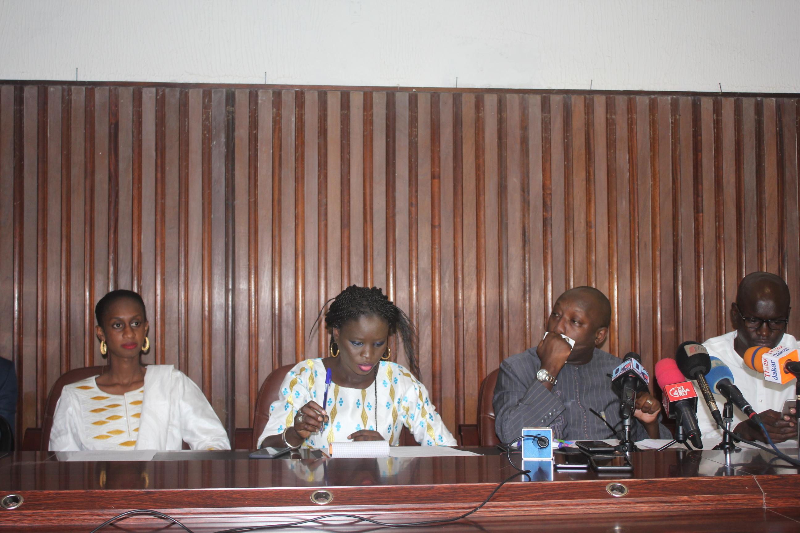 Le Parrainage : la coordination des jeunes de BBY vilipendent Idrissa seck