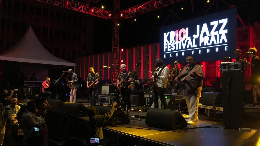 La magie du Kriol Band et la voix de Natiembé clôturent le Kriol Jazz Festival