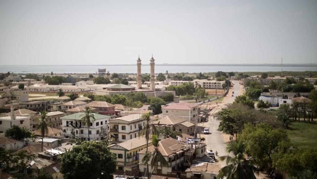 Gambie: la police lance une campagne pour changer son image