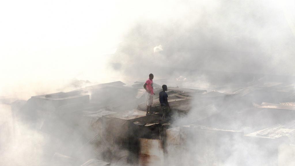Guinée: plus d'un mois après l'incendie, la détresse des commerçants de Madina