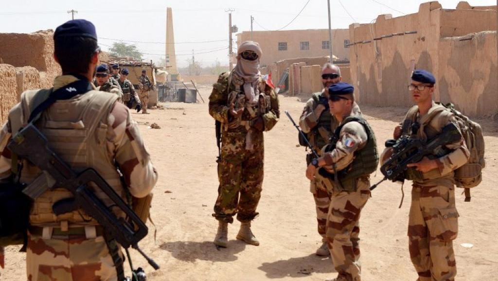 Macron et l'Afrique (4/5): au Sahel, une politique trop sécuritaire?