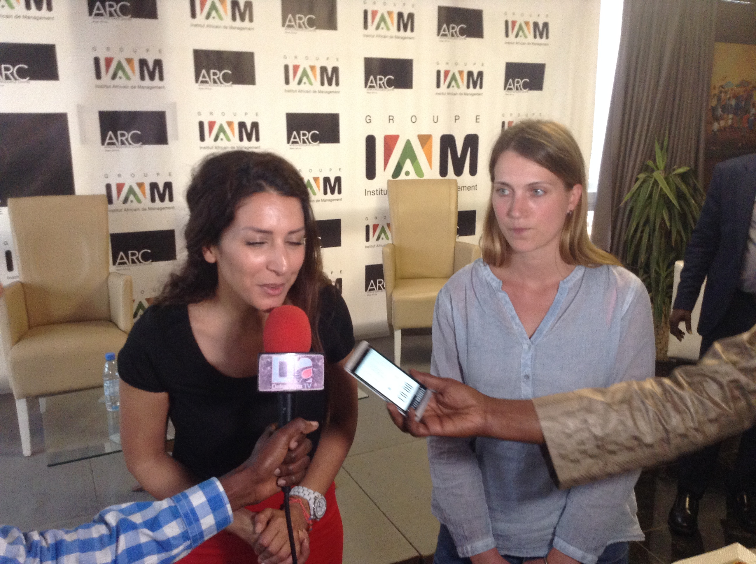 """L'Africa Ressource Centre et l'IAM mettent en place le """"Modèle de maturité"""" pour régler le problème de la disponibilité des produits de santé"""