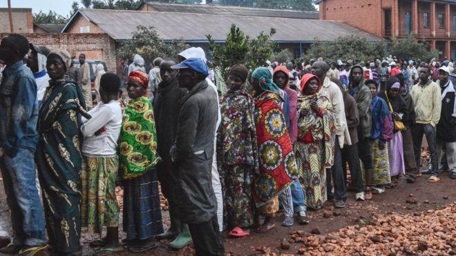 Les Burundais aux urnes