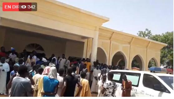 Touba : des milliers d'étudiants en pleurs ont accompagné Fallou Sène à sa dernière demeure (Vidéo)