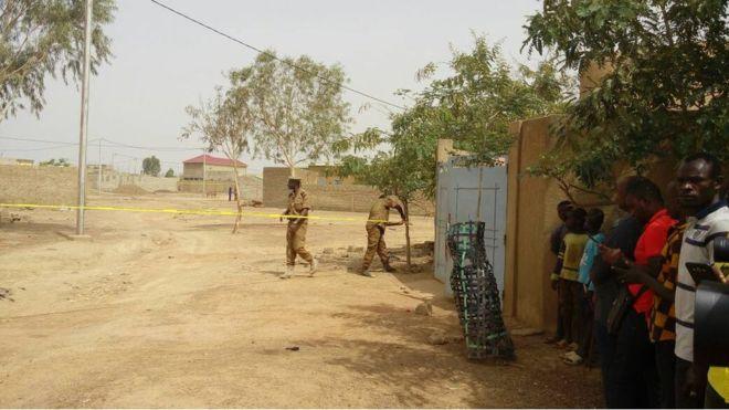 Quatre morts dans un échange de tirs à Ouagadougou