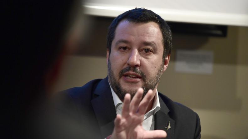 Le ministre italien Matteo Salvini, cauchemar des migrants, en Sicile ce dimanche pour