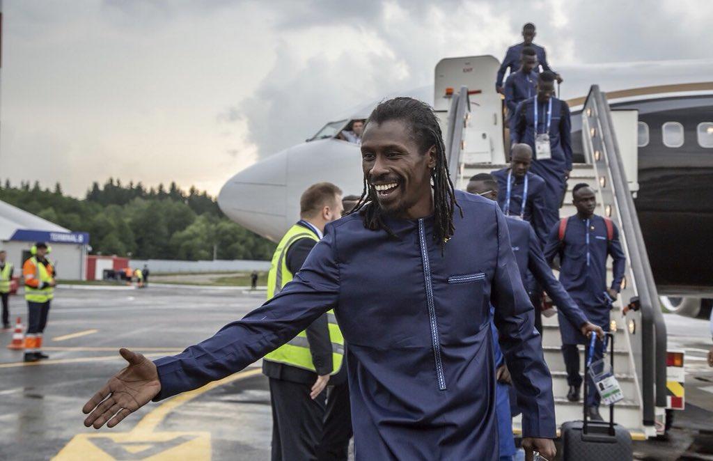 """(Vidéo) Aliou Cissé après l'arrivée des """"Lions"""" en Russie : """"On est en train de visionner la Pologne"""""""