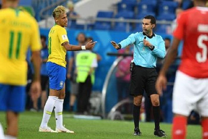 Brésil : après le nul contre la Suisse, Neymar pointe du doigt l'arbitrage