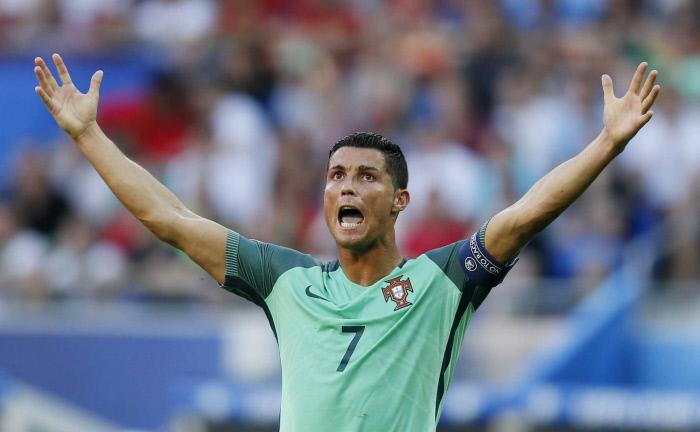 #CM2018 Vidéo - Cristiano Ronaldo ouvre la marque face au Maroc (1-0)