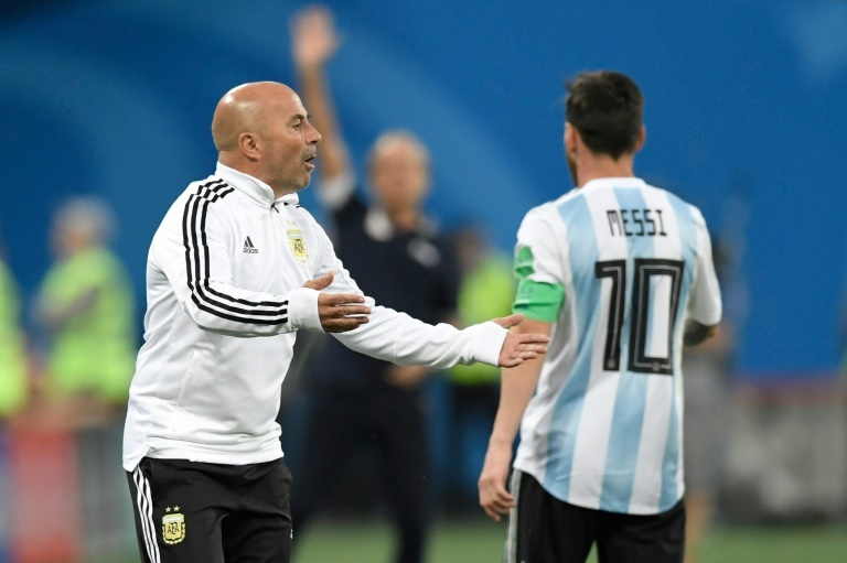 La raison pour laquelle Sampaoli a questionné Messi pour Agüero