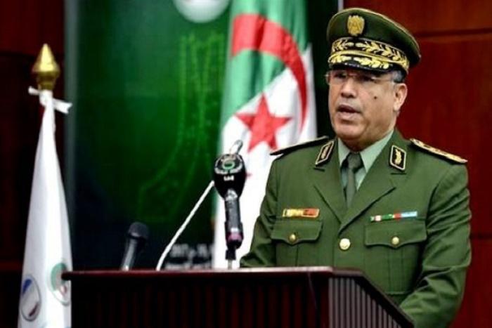 Algérie: après avoir limogé le chef de la police, Bouteflika vire celui de la gendarmerie
