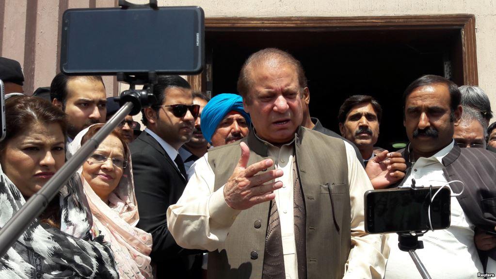 L'ex-Premier ministre pakistanais condamné à 10 ans de prison pour corruption