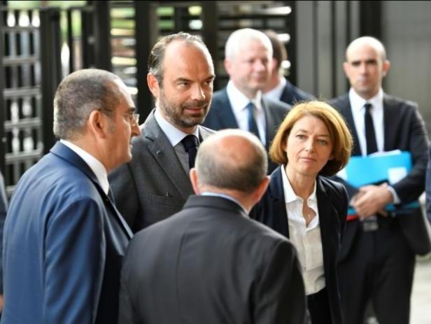 Le gouvernement français dévoile 32 mesures contre le terrorisme