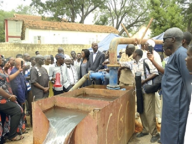 Pénurie d'eau : Mansour Faye annonce des forages à Dakar