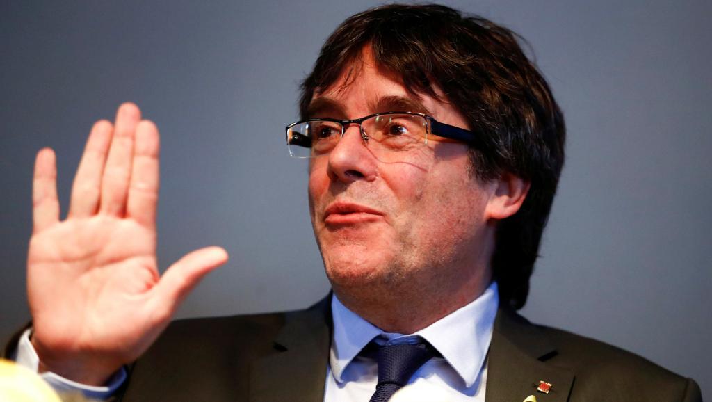 Espagne: retrait du mandat d'arrêt international contre Carles Puigdemont