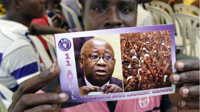 La défense de Gbagbo demande son acquittement