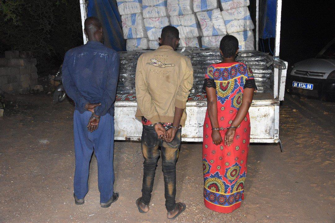 """Saisie record à Thiès : 3,2 tonnes de """"Yamba"""" et trois personnes dont une femme, arrêtés"""