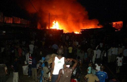 Urgent: le marché de Thiaroye brûle