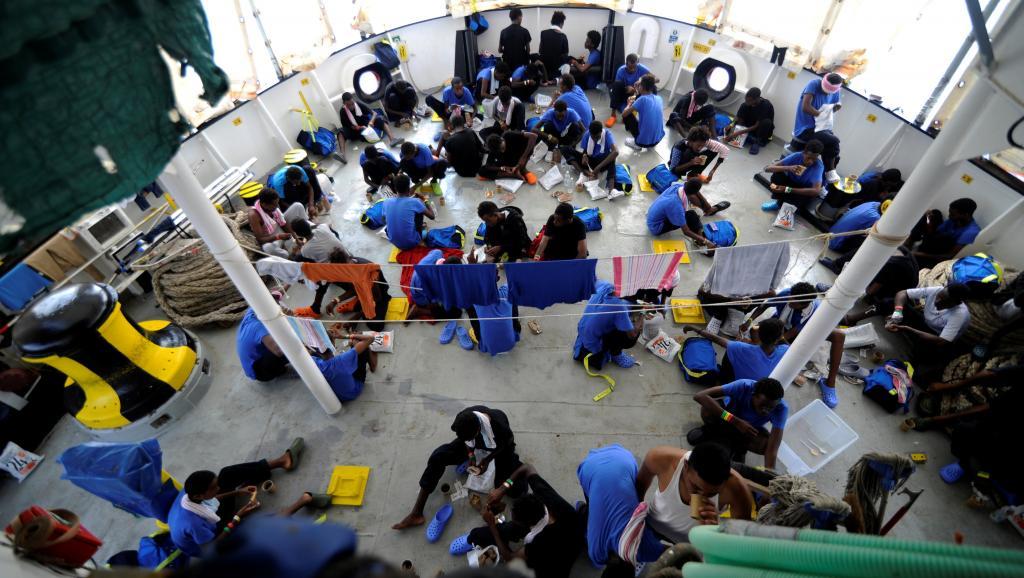 Malte accueille l'«Aquarius», les migrants répartis dans cinq pays européens