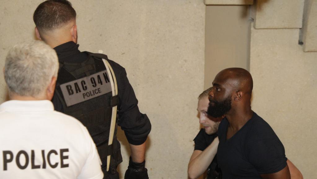 Rixe à l'aéroport d'Orly: Booba et Kaaris demandent à comparaître libres
