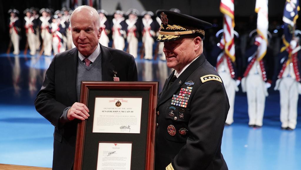 John McCain, héros et électron libre du conservatisme américain, n'est plus