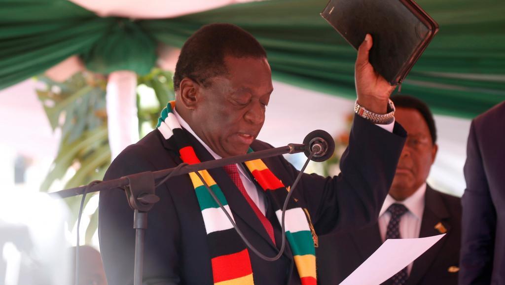 Zimbabwe: Emmerson Mnangagwa officiellement investi président prête serment