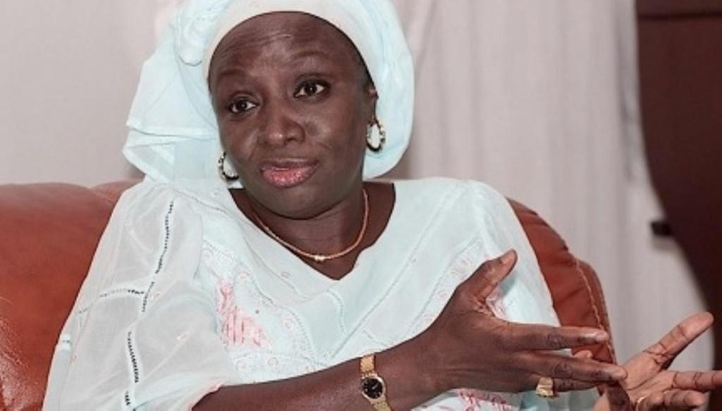 Aminata Touré : « Un homme politique même à 4 heure du matin, on doit le réveiller pour rendre compte »
