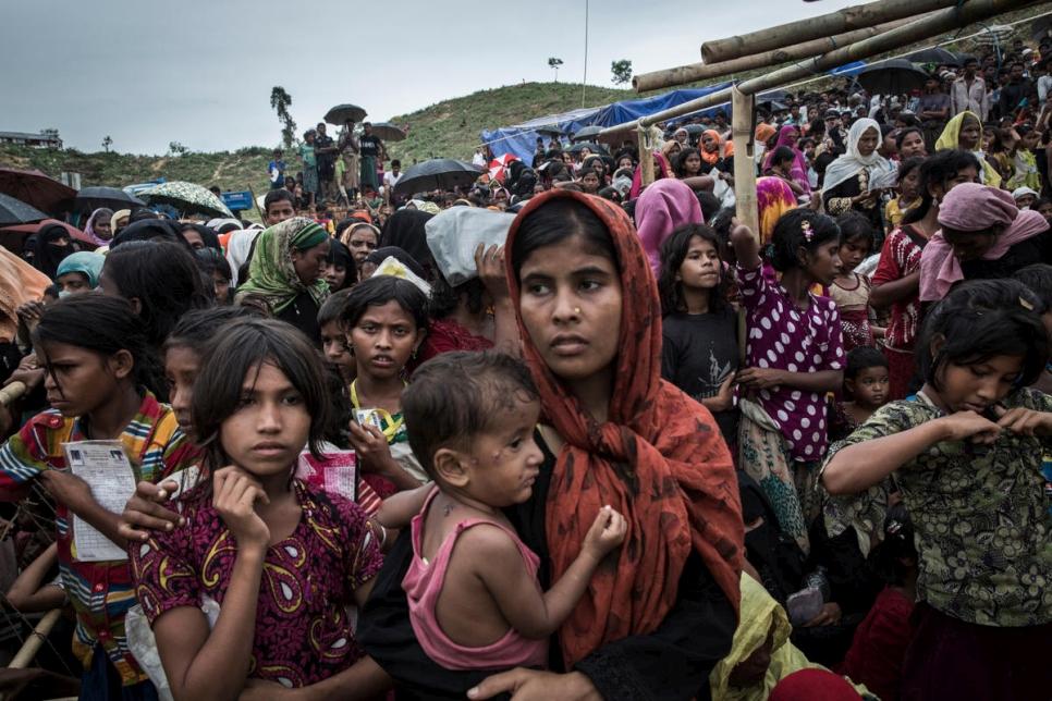 Rohingyas : l'ONU condamne le « mépris total pour la vie humaine » de l'armée birmane
