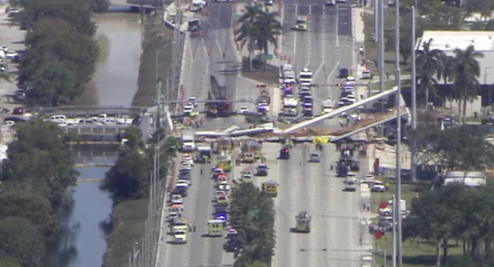 Vidéo-En Russie, un pont s'effondre sous un camionneur pris au dépourvu