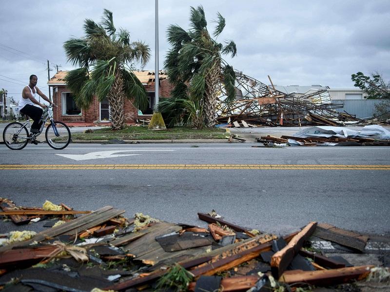 Etats-Unis : l'ouragan Michael rétrogradé en tempête tropicale