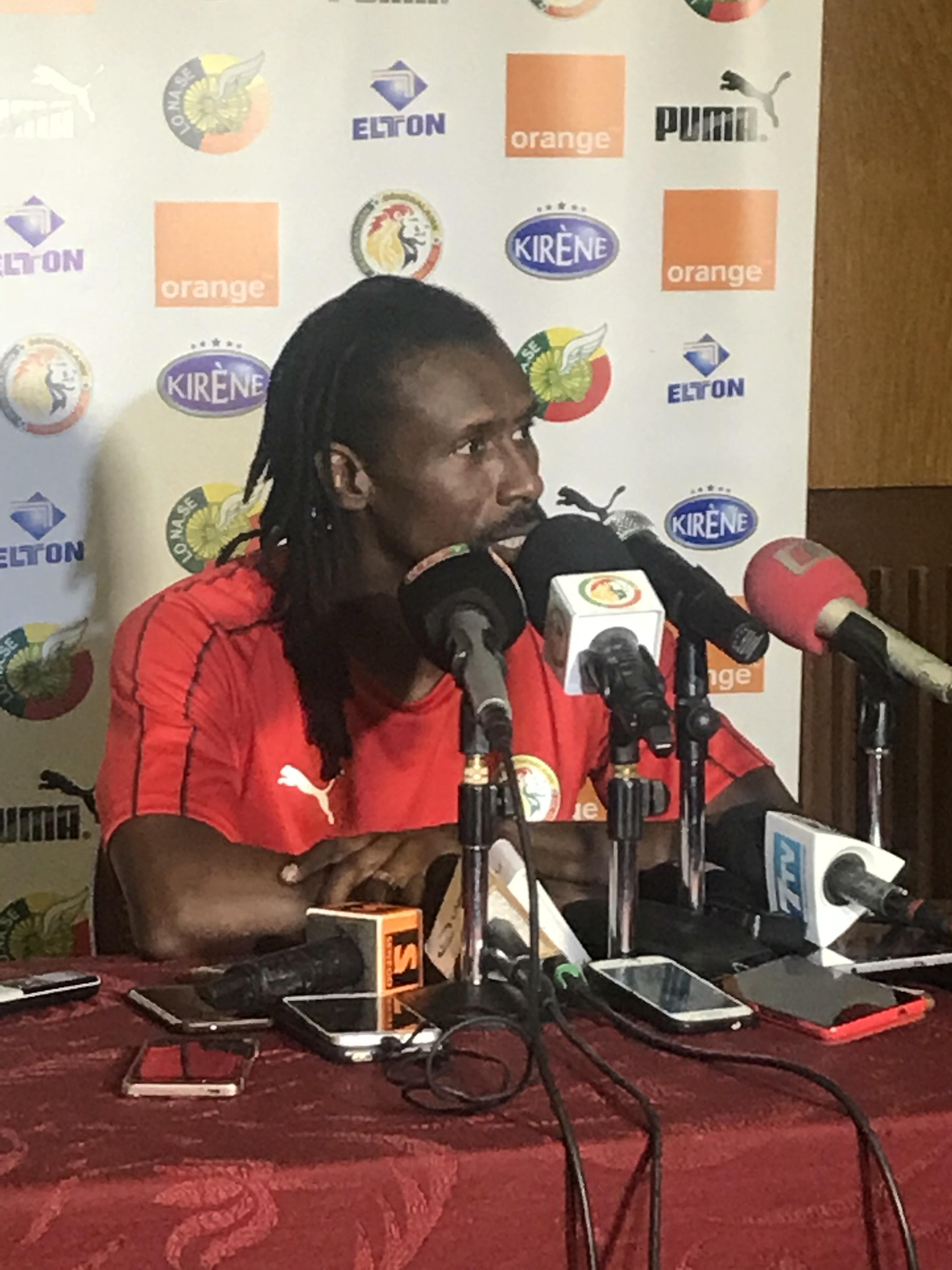 """#SENSOU : Aliou Cissé mise sur la polyvalence de Kouyaté pour combler le """"vide"""" de la défense"""