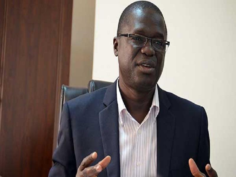 Situation économique : «les découvertes du pétrole et du gaz ne vont pas changer grand-chose», selon Pr Aly Mbaye