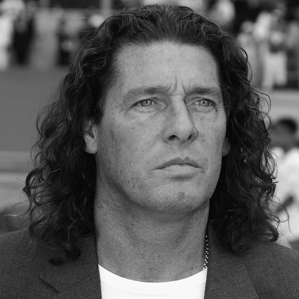 Le Sénégal oublie Bruno Metsu, la FIFA lui rend hommage