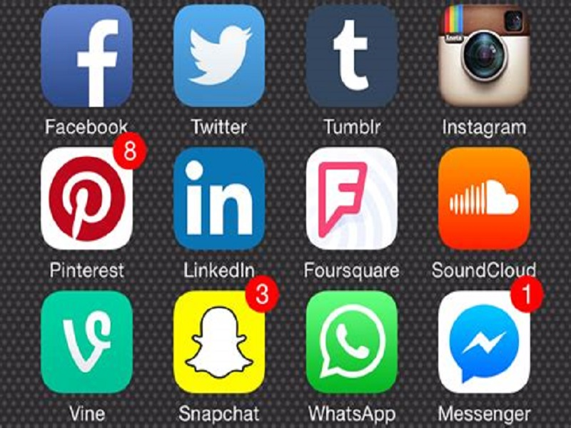 Délitement des valeurs : Macky Sall lance la traque des criminels du net