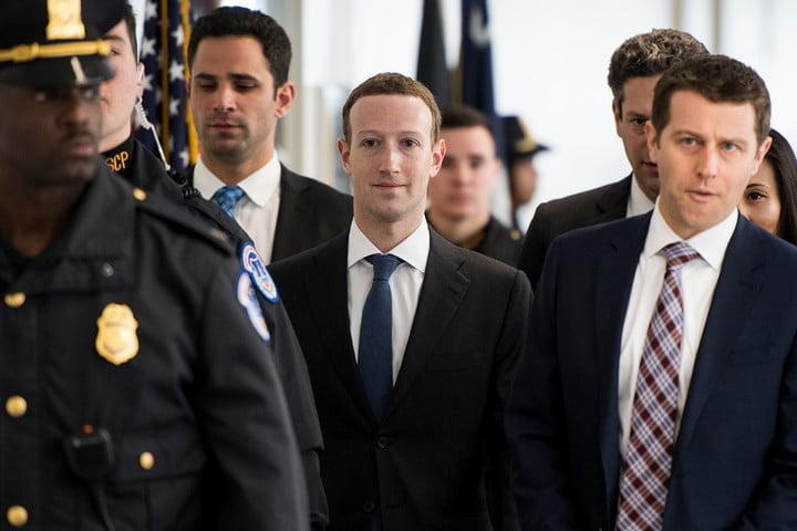 Plus d'un milliard et demi de comptes Facebook supprimés