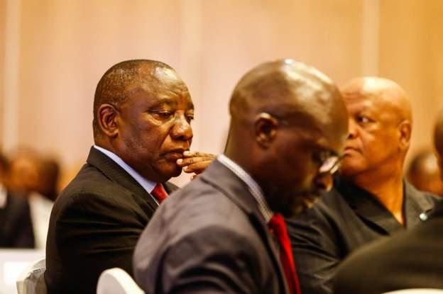 Ramaphosa dans le viseur de l'opposition sud-africaine