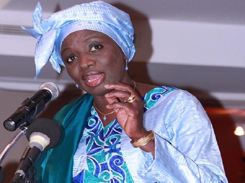 Présidentielle 2019 :  Mimi Touré annonce plus de 2 millions de parrains