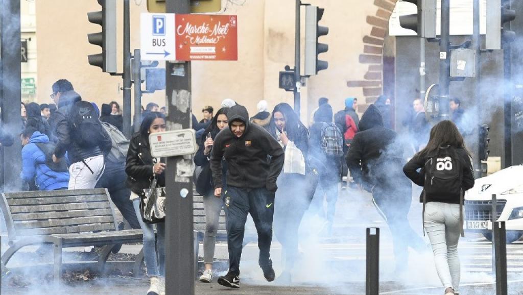 France: les lycéens restent mobilisés contre les réformes