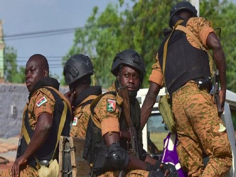 Mort de trois militaires au Burkina après l'explosion d'un engin