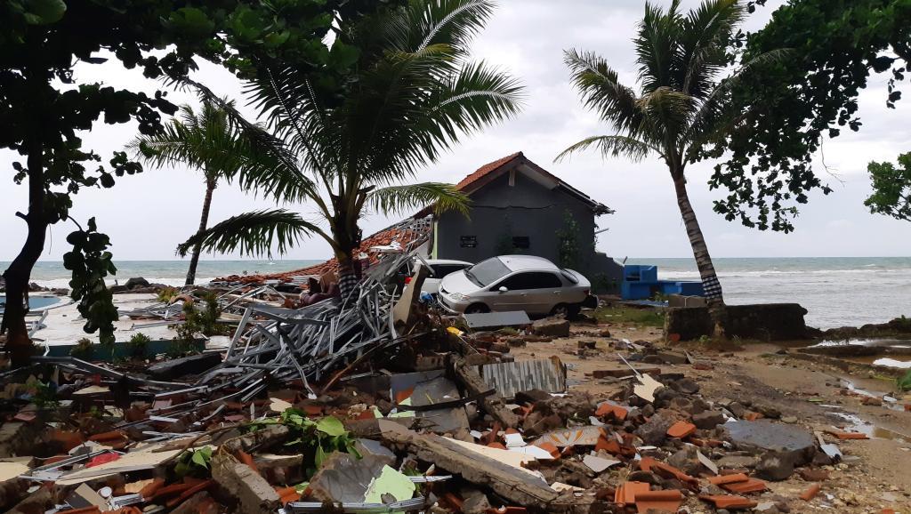 Tsunami en Indonésie: sur les réseaux sociaux, les témoins racontent l'horreur